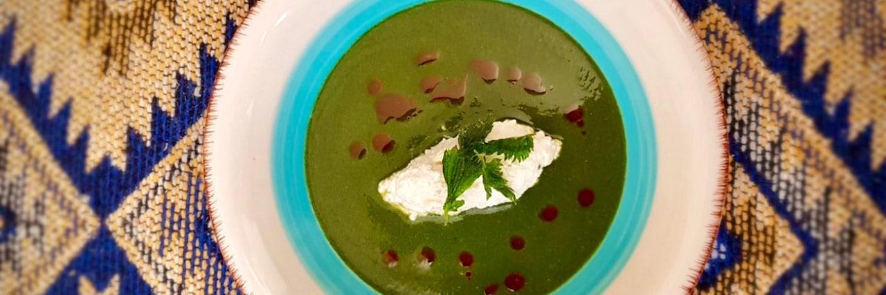 Пролетна кето крем супа