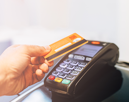 Bank/Kreditkarte