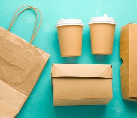 Emballages en carton pour la livraison et la VAE