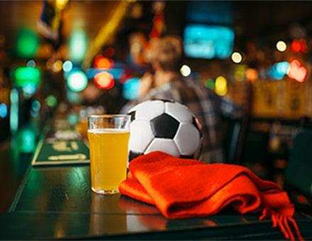 Soir de match - ballon, football et bière