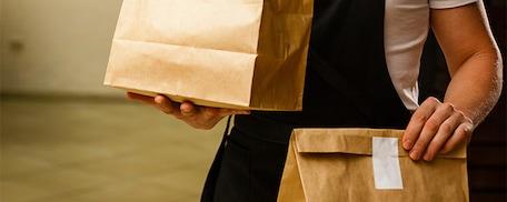 Restaurateurs : faut-il lancer la livraison de repas à domicile ?