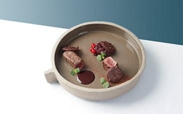 Recette de chefs - Biche, chocolat, groseille, chou rouge