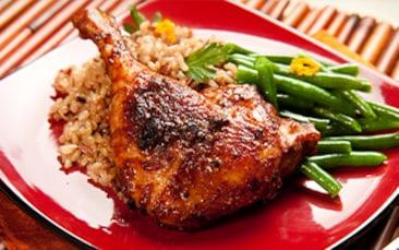 Recettes de chefs | Cuisse de canard grillée, sauce barbecue, riz et haricots