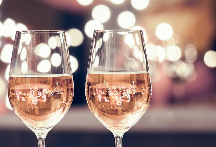 Vin rosé effervescent