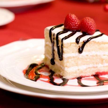 Felie de desert dupa reteta de tort cu produse metro chef si aro