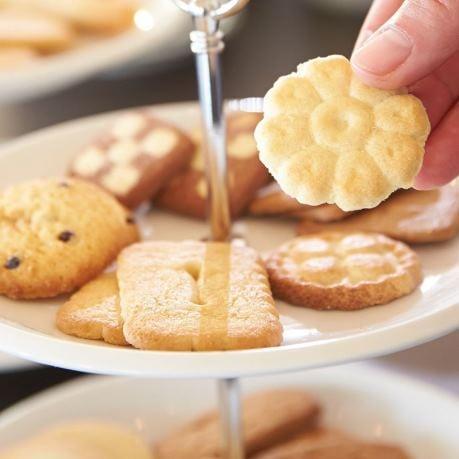 Biscuiti pe set de vesela pentru banchet vesela horeca